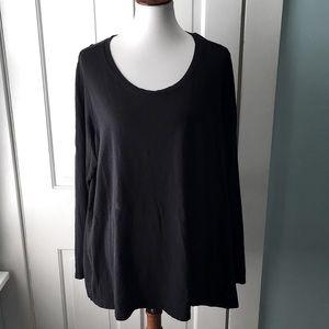 Torrid black scoop neck long sleeve tee shirt top